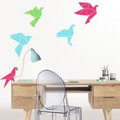 Vinilo decorativo Pájaros Origami.  Original vinilo decorativo de bandada de pájaros origami levantando el vuelo. DISFRÚTALO EN NUESTRA WEB: http://dolcevinilo.es/vinilo-pajaros-origami