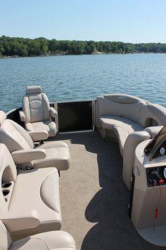 2013 Sylvan 8522 Mirage LZ Port Pontoon Boat W/O Bow Gate Seat