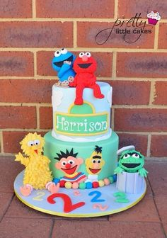 I have cake for me please I want a birthday tea Donald duck goofy party on my butt today I have one now for my biller today I won yetjejejejejejenennsnfjrjdnrnnrnrrnennrFor my buddy Sesame Street Birthday Cakes, Elmo Birthday Cake, Sesame Street Cake, Elmo Cake, Baby Boy 1st Birthday Party, Birthday Ideas, Elmo Plaza Sesamo, Elmo Party, Gateaux Cake