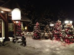 La Grange Morin Heights at night, ready for guests