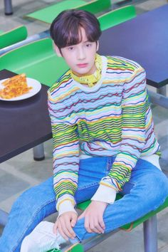 TXT made their debut on March 2019 with the song Crown from their debut EP titled The Dream Chapter: Star. See the concept photos of the TXT members in HD/HR below! Kai, K Pop, Claire Danes, Korean American, Wattpad, Steve Aoki, Debut Album, K Idols, Mamamoo