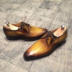 New patina !!! Absinthe - 7904 GoodYear : 390€ #jmlegazel #dandy #elegance #shoesaddict #paris #handmade #patina #custom #chaussures #souliers #mensstyle #shoes #shoeshine #modehomme #mode #men #fashion #style #luxe #menstyle #menswear #leather #carlossantos #menshoes #instashoes #patine #patina #custom #gq #guyswithstyle #polish #carlossantos #shoesoftheday