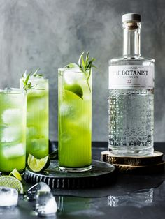 24 Gin and Tonic Recipes that Transform the Classic – An Unblurred Lady – Cocktail Gin Tonic, Gin & Tonic Cocktails, Tonic Water, Summer Cocktails, Champagne Cocktail, Cocktail Drinks, Cocktail Recipes, Cucumber Gin Cocktail, Cocktail Desserts