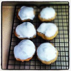 Banana Cake Cookies http://tbm4u.blogspot.com/2012/11/banana-cake-cookies-recipe.html#
