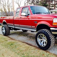 old ford trucks Classic Ford Trucks, Ford Pickup Trucks, Lifted Trucks, Chevy Trucks, Redneck Trucks, F150 Lifted, Diesel Trucks, Ford Diesel, Ford Falcon