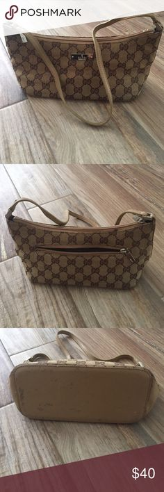 Authentic Gucci bag In used condition. Canvas and leather authentic Gucci shoulder bag 6x11x4 Gucci Bags