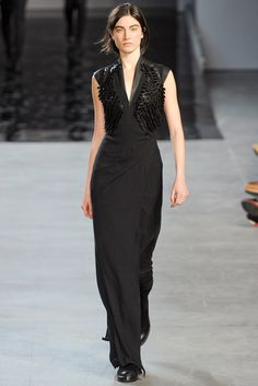 Helmut Lang Fall 2012 Ready-to-Wear Collection Photos - Vogue