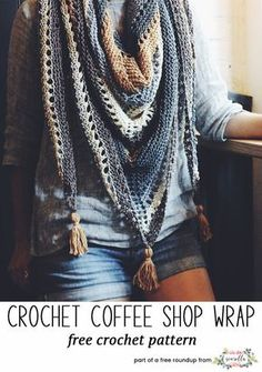 Crochet this easy coffee shop wrap by Two of Wands from my best blogger free patterns from 2017 roundup!