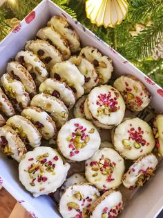 Good Food, Yummy Food, Cakes And More, Cake Cookies, Sushi, Dessert Recipes, Food And Drink, Menu, Sweets