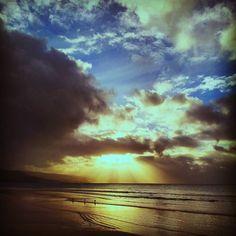 Three little birds #beautifulmorning #cloudsandsun #clouds #skies #crazylight #ocean #otways #apollobay #greatoceanroad #vic #oz #australia #beach #autumn #fall #beautifulday #outdoorslife #nature #naturelovers #instatravel #travel #travelling #traveladventures #explore #neverstopexploring by janina.anuk