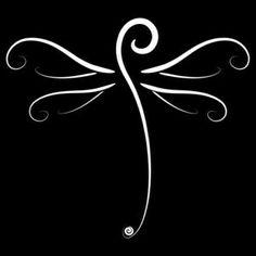 """""""Dragonfly Doodle"""" Tasche von Jacqueline Eden, 'Dragonfly Doodle' Tote Bag by Jacqueline Eden Swirly Dragonfly T-Shirt (zum Besten von dunkles T-Shirt) von Jakki E to Beryllium Swirly Dragonfly. Dragonfly Drawing, Dragonfly Tattoo Design, Dragonfly Art, Tattoo Designs, Dragonfly Tatoos, Watercolor Dragonfly Tattoo, Dragonfly Illustration, Watercolor Tattoos, Tatoo Art"""