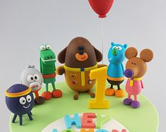 Hey Duggee Cake Topper Edible Name Age Squirrel Club Pooch Puppy Dog Birthday Figurines Party Decoration Suger Craft - Edit Listing - Etsy Fondant Cake Toppers, Fondant Figures, 1st Birthday Cakes, Dog Birthday, Fondant Tutorial, Cakes For Boys, Party Cakes, First Birthdays, Princess Party