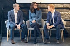 Kate Middleton Photos - Prince William, Duke of Cambridge and Catherine, Duchess of Cambridge attend the Coach Core graduation ceremony for more than 150 Coach Core apprentices at The London Stadium on October 18, 2017 in London, England. - The Duke of Cambridge and Prince Harry Attend the Coach Core Graduation