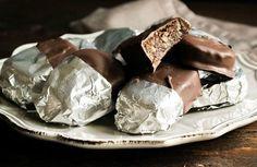 Καριόκες με τραγανό καρύδι χωρίς ίχνος ζάχαρης: Ένα «αθώο» γλυκό, υγιεινό και κυρίως νόστιμο - Toftiaxa.gr   Κατασκευές DIY Διακοσμηση Σπίτι Κήπος