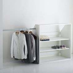 Would like this for attic closet with a shelf above hanging clothing for more place to put bins for more storage Image Module dressing spécial sous-pente, Résima La Redoute Interieurs Attic Bedroom Storage, Attic Closet, Attic Rooms, Closet Bedroom, Walk In Closet, Ceiling Storage, Wall Storage, Closet Storage, Slanted Ceiling Closet