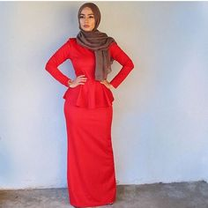 #hijabstyle #fashion #modest #lookbook #hijab #muslimah #red #gown #prom #wedding