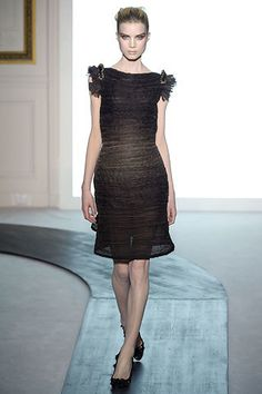 Valentino Fall 2008 Couture Fashion Show - Vlada Roslyakova