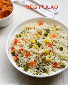 it is comfort food as well as satisfying pair this mildly flavoured aromatic veg pulao with a raita,pickle and chutney,you don't anything to serve with veg pulao Mix Veg Recipe, Vegetable Pulao Recipe, Crab Recipes, Vegetable Recipes, Indian Food Recipes, Frozen Vegetables, Veggies, Lunch Box Recipes, One Pot Meals