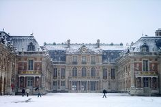 Chateau de Versailles, France. Why does everything look even MORE enchanting in the snow?