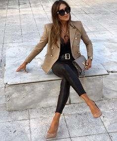 171 Haute Street Style Fashion Outfits for Women Mode Outfits, Trendy Outfits, Fashion Outfits, Womens Fashion, Classy Chic Outfits, Urban Chic Outfits, Tomboy Outfits, Fashion Tips, Fashion Trends