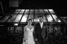 Retrato Talita  Pedro  Decoração @ic_celebrar Vestido @carolhungriaoficial Buffet @tatacury Video @l2filmes Fotografia @feliperezende Making of @hiltonmorumbi  #feliperezende #amor #boda #bridal #bridalmakeup #bride #bridetobe #casamento #casar #cerimonia #familia #fotografiadecasamento #fotografodecasamento #happy #instawedding #love #marriage #noivos #noiva #clicksdofeliperezende #romance #smiles #vestidodenoiva #wedding #weddingday #weddingdecor #weddingdress #weddingideas…