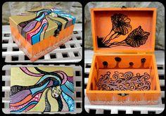 Hand-painted jewelry box. http://www.myneverland.ro/lucrari/view/cutiii-de-lemn-pictate/cutie-pentru-bijuterii