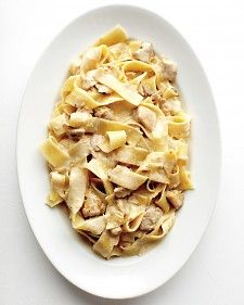 Pappardelle with Creamy Chicken Sauce Recipe. This rich and creamy pasta dish is a great example of how satisfying Italian comfort food can be. Instead of pappardelle, try the recipe with tagliatelle or fettuccine. Creamy Sauce For Chicken, Chicken Sauce Recipes, Italian Dishes, Italian Recipes, Italian Foods, Pappardelle Recipe, Tagliatelle Pasta, Recipes With Pappardelle Noodles, Tagliatelle Recipes