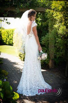 Beautful wedding dress photogaphed by paul jervis photography, county antrim, northern ireland