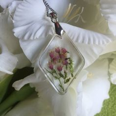 Romantic WildFlowers Resin Necklace by ShellsArtGarden on Etsy Handmade Necklaces, Handmade Items, Handmade Gifts, Resin Necklace, Clear Resin, Wildflowers, Dried Flowers, Necklace Lengths, Jewelry Collection