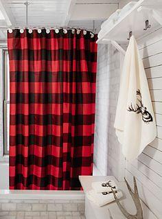 Les célèbres carreaux chasseur en contraste traditionnel de rouge et de noir, idéal pour compléter votre décor dans l'esprit lodge urbain. - Tissu de polyester imperméable, résistant et facile d'entretien - Suspension à oeillets de métal antirouille - Cordon de maintien au bas - 180x180 cm