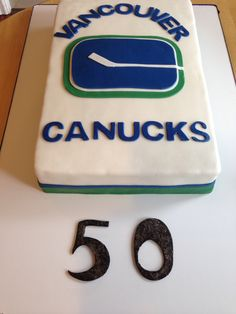 Canucks cake.