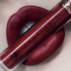 New makeup lip products are our absolute JAM! Always looking for lip inspiration to create beautiful new looks! Gotta make sure the lips match the eyes and outfit! Eyeshadow Dupes, Lipstick Dupes, Lipstick Shades, Lipstick Colors, Matte Lipstick, Lipsticks, Lip Makeup, Makeup Cosmetics, Beauty Makeup