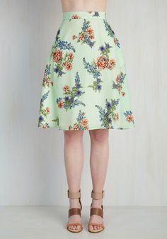Profound Pizzazz Skirt in Green Garden. Jazz up your workday or weekend with the enlightening elegance of this floral skirt. #mint #modcloth