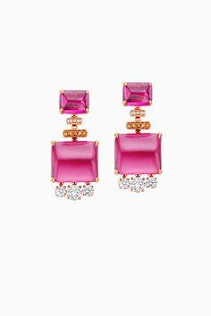 Cinemagia - New Bvlgari Jewelery Collection Wedding Bracelet, Wedding Earrings, Italian Jewelry, Jewel Box, High Jewelry, Sea Glass Jewelry, Bvlgari, Beautiful Earrings, Wedding Accessories