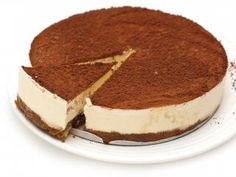 Tasty CoYo cheesecake recipe. Cheesecake without the guilt, tuck in!