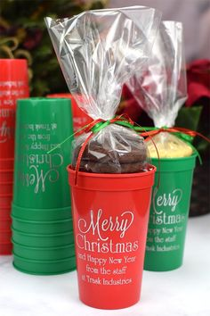 Shop personalized 22 ounce stadium cups custom printed with a festive Christmas design and custom message for show-stopping holiday party favors and decor. Christmas Party Favors, Christmas Cup, Christmas Design, Diy Christmas Gifts, Simple Christmas, Holiday Gifts, Christmas Decorations, Holiday Drinks, Merry Christmas