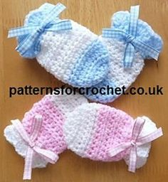 Baby Mitts free crochet pattern, quick and easy to follow pattern, use up your oddments of yarn.
