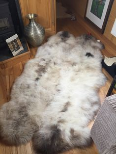 And here is a Rare Breed Sheepskin Quad rug that we stitched together for Lorraine Gould, which also takes pride of place on her narrowboat - thanks for the great pics Lorraine.