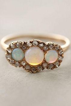 Vintage Wedding Rings   Jewelry > Vintage Diamond Wedding Ring #800909 - Weddbook