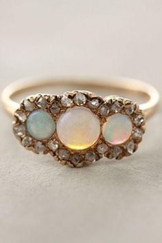 Vintage Wedding Rings | Jewelry > Vintage Diamond Wedding Ring #800909 - Weddbook