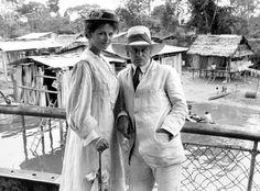 Claudia Cardinale und Klaus Kinski in Fitzcarraldo Claudia Cardinale, Paul Hubschmid, Cannes, Der Leopard, Werner Herzog, Cinema, Old Pictures, Panama Hat, Actors & Actresses