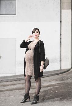 Pregnant Street Style: 50 Chic Maternity Outfit Ideas   StyleCaster