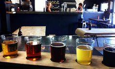 Fantastisk öl finns på Darling Brew Slow Quarter i Kapstaden. Brewing, Tableware, Dinnerware, Brow Bar, Dishes