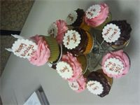 Birthday cupcakes with Strawberry and Chocolate Icing