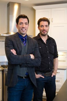 A new episode of Property Brothers starts tonight at 8 p.m. on @w_network Canada! pic.twitter.com/0ApKnQrDIu