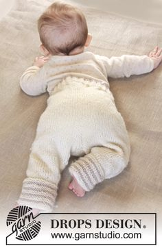Knitted baby pants in DROPS Karisma. Size 0 – 4 years.