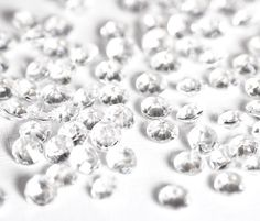 Cheap diamond confetti, Buy Quality table scatter directly from China wedding party Suppliers: Acrylic Clear Diamond Confetti Wedding Party Table Scatters Decoration Diamond Theme, Diamond Party, Table Confetti, Wedding Confetti, Party Table Decorations, Wedding Decorations, Wedding Ideas, Wedding Reception, Party Wedding