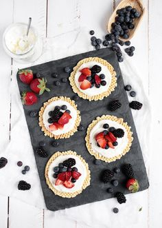 Can't wait to try these creamy fruit pizzelles!
