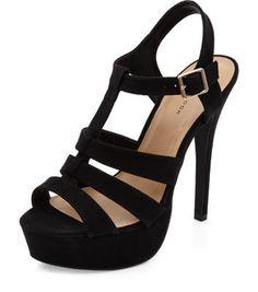 - Open toe design- Platform style- Buckle fastening- Strappy style- Heel height: 5