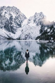 Maintain,winter,snow,ice,lake,girl,cold